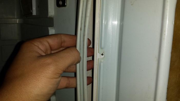 trocar borracha da geladeira 4