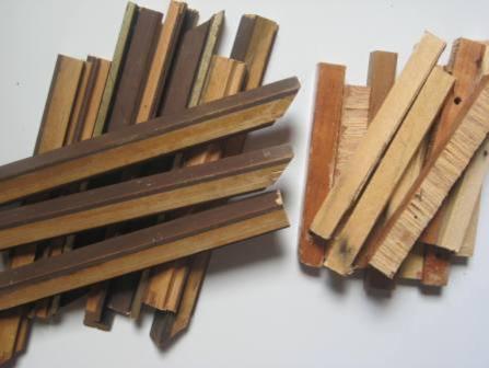 restos de tacos de madeira
