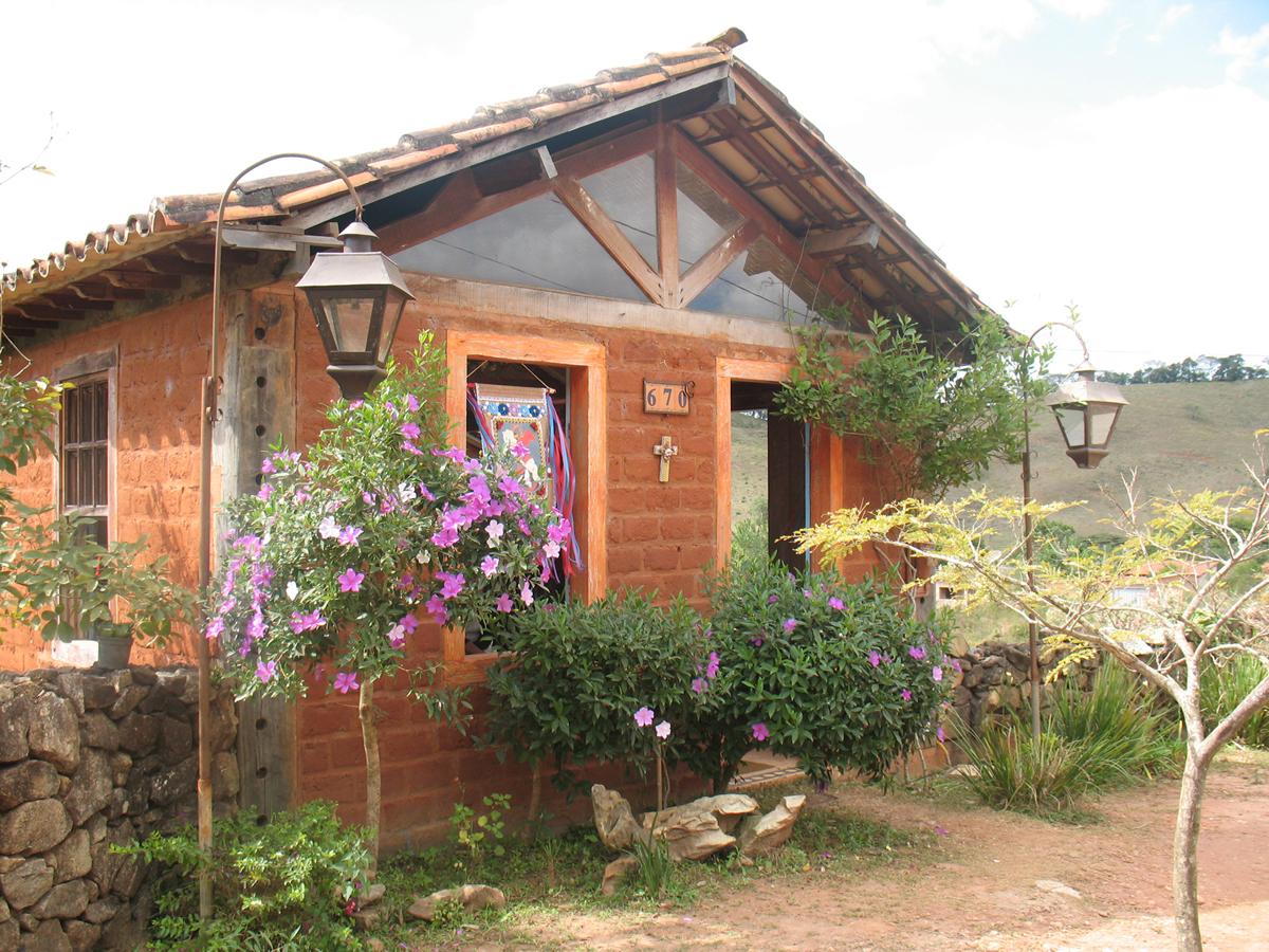 outro casa de tijolo a vista