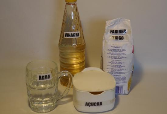 ingredientes para fazer cola caseira