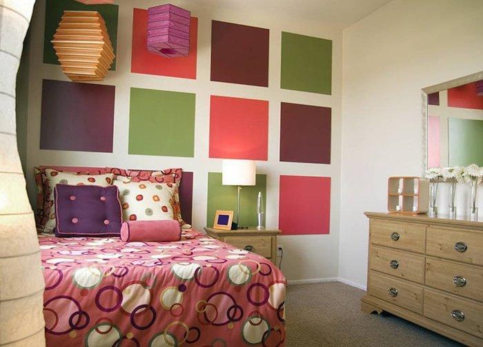 parede com quadrados de vinil