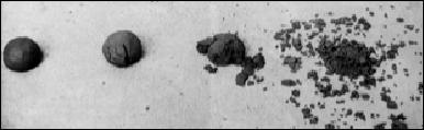 testando o terra deixando a bolinha de barro cair de uma altura de 1,50m