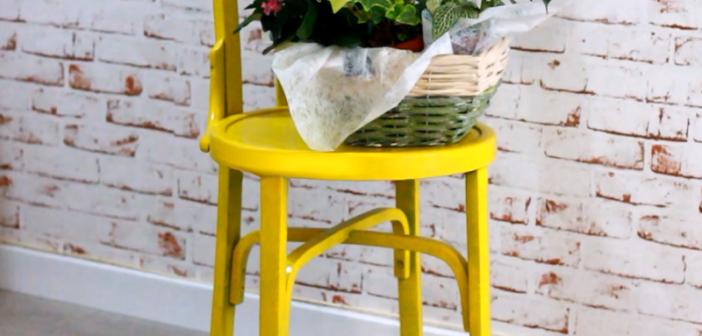 cadeira pintada com tinta spray pronta