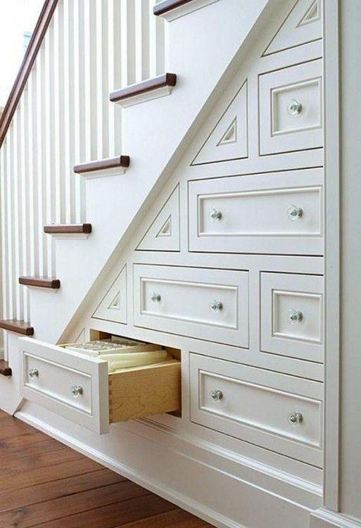 armarios sob escada