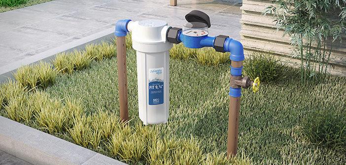 filtro de água instalado no jardim
