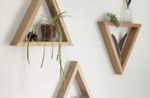 3 estantes em forma de triângulo