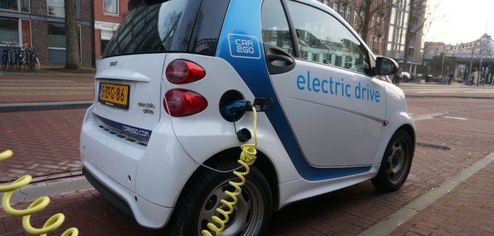 Vantagens e desvantagens dos carros elétricos