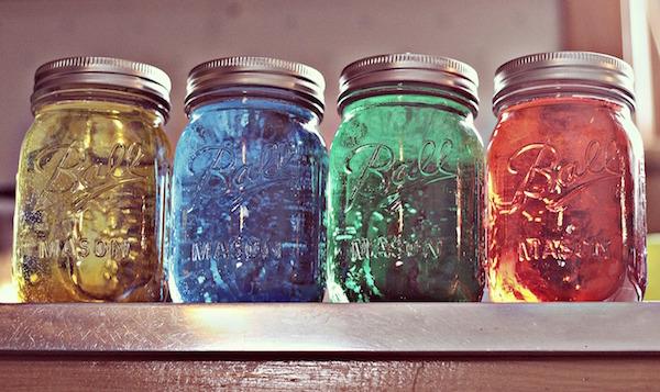 4 jarras com gel aromatizador