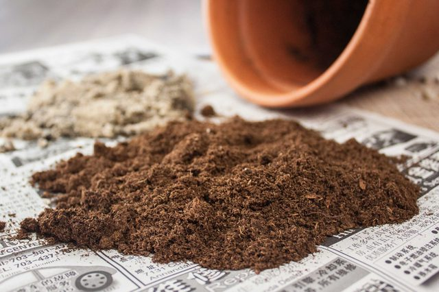 mistura terra e areia