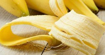 casca de banana e bananas