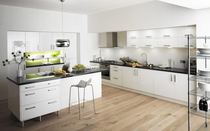 piso laminado em cozinha