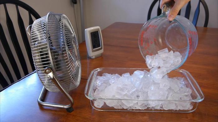 ventilador com gelo e sal