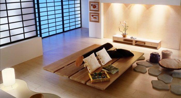 mesa de madeira em sala Feng Shui